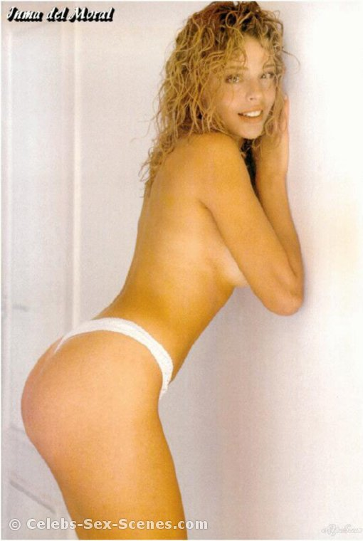 Sarah Michelle Gellar naked