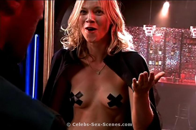 Nude sex scene amy smart