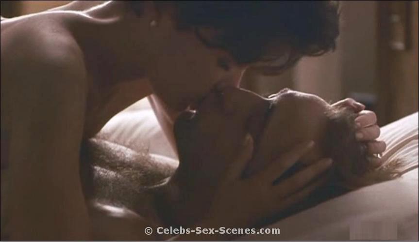 lara flynn boyle threesome sex scene